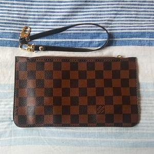 New brown Checkered wristlet pochette